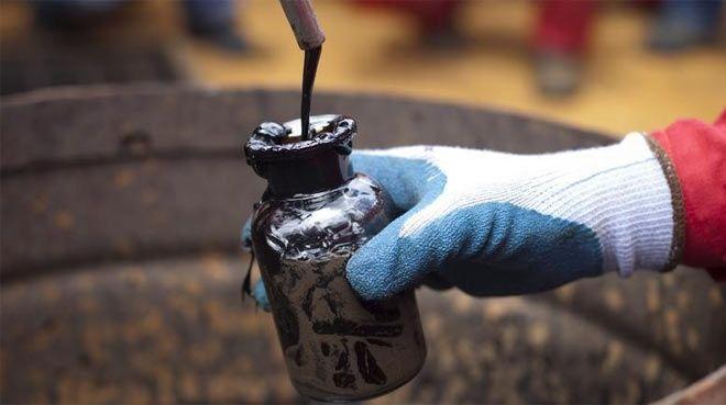 `Arz kesintisi` gerginliği petrolde fiyatları yükseltti