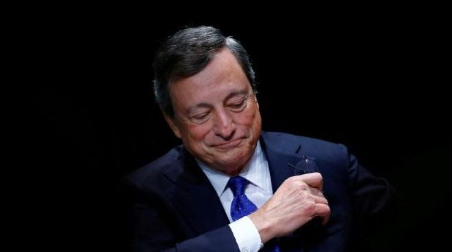 Draghi: Risk dengesi aşağı yönlü hareket ediyor