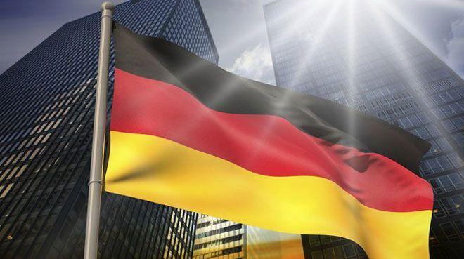 Almanya`da yıllık enflasyon beklentinin hafif üzerinde
