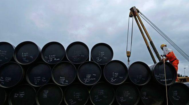 ABD`nin ticari ham petrol stokları düşüşünü sürdürdü