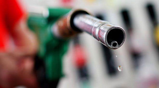 İran`da benzine zam yapıldı