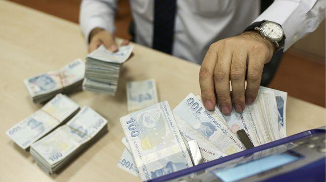 Mudiler bankalarda 98 milyon lira unuttu