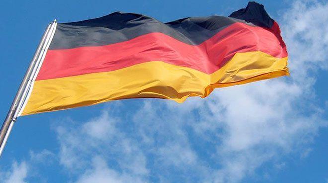 Alman akaryakıt istasyonlarında elektrikli şarj zorunluluğu