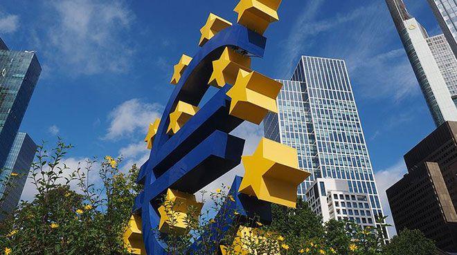 `Euro Bölgesi'nde yüzde 8,7 daralma bekliyoruz`